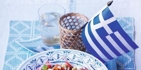 Cuisine, Food, Serveware, Dishware, Tableware, Salad, Drinkware, Dish, Garden salad, Meal,