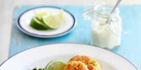 Food, Ingredient, Dishware, Cuisine, Dish, Serveware, Plate, Finger food, Lemon, Recipe,