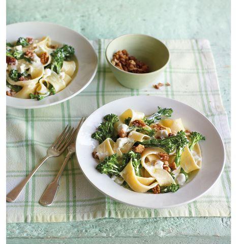 food, cuisine, ingredient, dishware, tableware, dish, recipe, kitchen utensil, garnish, leaf vegetable,