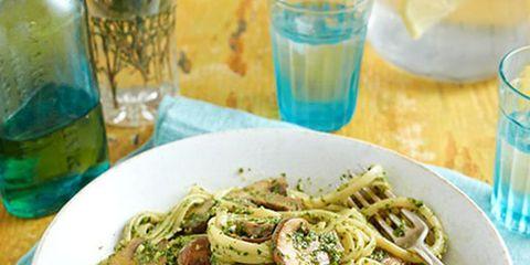 Liquid, Drinkware, Cuisine, Fluid, Food, Glass, Serveware, Tableware, Dishware, Barware,