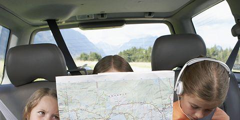 Human, Vehicle door, Car seat, Sitting, Dessert, Sharing, Snack, Car seat cover, Dairy, Reading,