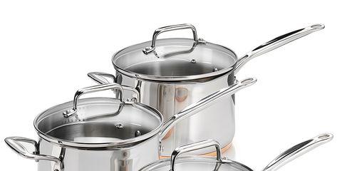Liquid, Serveware, Cookware and bakeware, Lid, Kitchen appliance accessory, Metal, Saucepan, Dishware, Stock pot, Kitchen appliance,
