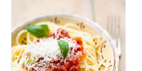 Food, Cuisine, Spaghetti, Noodle, Pasta, Ingredient, Dish, Recipe, Al dente, Tableware,
