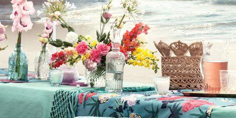 Tablecloth, Petal, Textile, Bouquet, Linens, Pink, Teal, Centrepiece, Cut flowers, Turquoise,