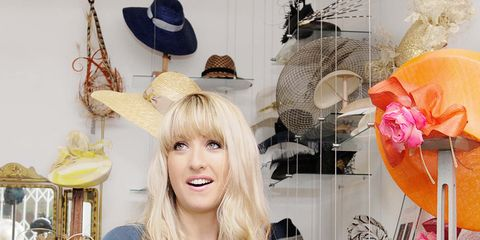8c16c39171bae How to Pick a Wedding Hat - Guide to Wedding Guest Hats and Fascinators