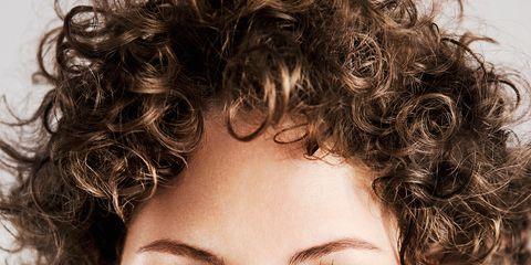 Lip, Hairstyle, Skin, Chin, Forehead, Eyebrow, Eyelash, Ringlet, Jheri curl, Style,