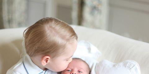 Nose, Ear, Human, Comfort, Cheek, Skin, Child, Mammal, Baby & toddler clothing, Toddler,