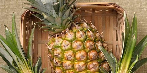 Yellow, Vegan nutrition, Fruit, Food, Produce, Pineapple, Ananas, Natural foods, Ingredient, Whole food,