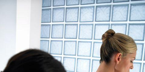 Hair, Ear, Hairstyle, Skin, Shoulder, Back, Style, Eyelash, Temple, Neck,