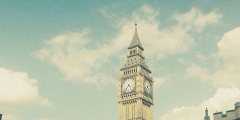 Sky, Clock tower, Tower, City, Metropolis, Metropolitan area, Building, Urban area, Landmark, Steeple,