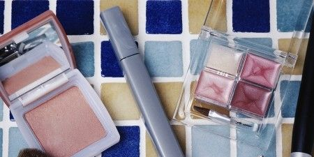 Brush, Tints and shades, Cosmetics, Household supply, Paint, Paint brush, Makeup brushes, Peach, Stationery, Personal care,