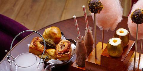 Food, Stemware, Glass, Tableware, Finger food, Meal, Serveware, Wine glass, Barware, Drinkware,