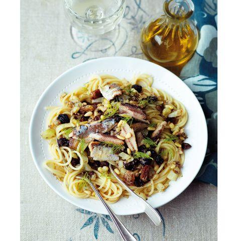 easy pasta dish pasta con le sarde