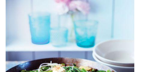 Cuisine, Food, Ingredient, Leaf vegetable, Dish, Salad, Recipe, Dishware, Tableware, Serveware,