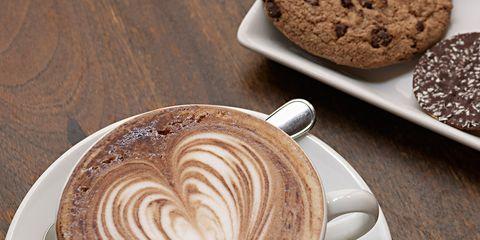 Serveware, Cup, Drinkware, Brown, Dishware, Espresso, Caffè macchiato, Flat white, Coffee cup, Drink,