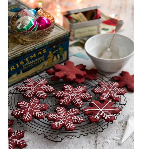 best homemade christmas gifts red velvet snowflakes christmas biscuits