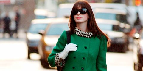 Clothing, Sleeve, Coat, Sunglasses, Outerwear, Collar, Style, Goggles, Street fashion, Bag,