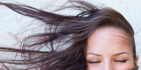 Hairstyle, Eyebrow, Textile, Eyelash, Beauty, Photography, Street fashion, Brown hair, Long hair, Woolen,