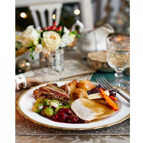 dont try to make everyone happy by cooking lots of different things stick to one main meal and make it amazing see our ultimate christmas dinner menu and - What To Make For Christmas Dinner