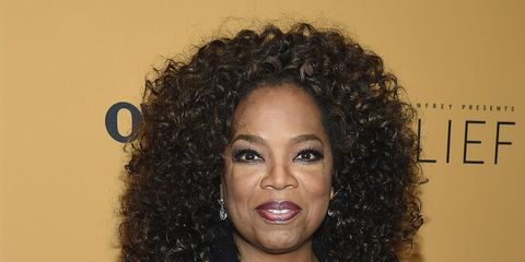 Jheri curl, Hairstyle, Forehead, Outerwear, Jewellery, Ringlet, Style, Coat, Black hair, Collar,