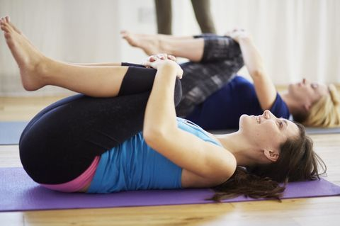 4 easy stretches to speed up digestion