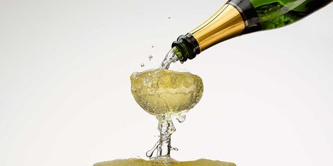 Water, Yellow, Drink, Product, Champagne, Champagne cocktail, Alcoholic beverage, Stemware, Liquid, Champagne stemware,