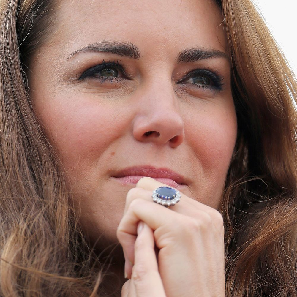 Why Kate Middleton\'s missing engagement ring is causing a stir