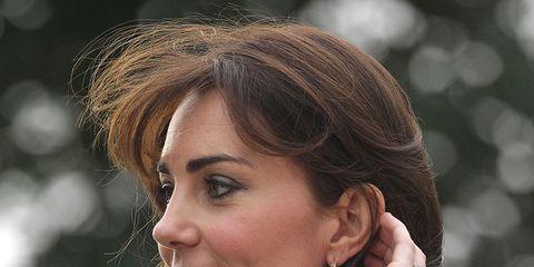 Ear, Earrings, Lip, Hairstyle, Chin, Forehead, Eyebrow, Eyelash, Body piercing, Style,
