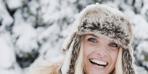 Winter, Human, Lip, Skin, Textile, Freezing, Fur clothing, People in nature, Facial expression, Snow,
