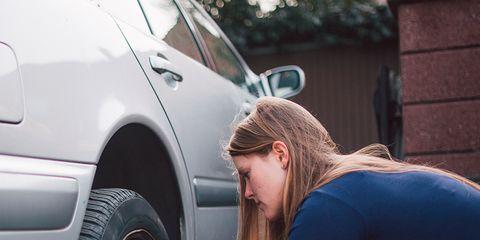 Tire, Automotive tire, Denim, Vehicle door, Alloy wheel, Automotive wheel system, Rim, Automotive exterior, Fender, Auto part,