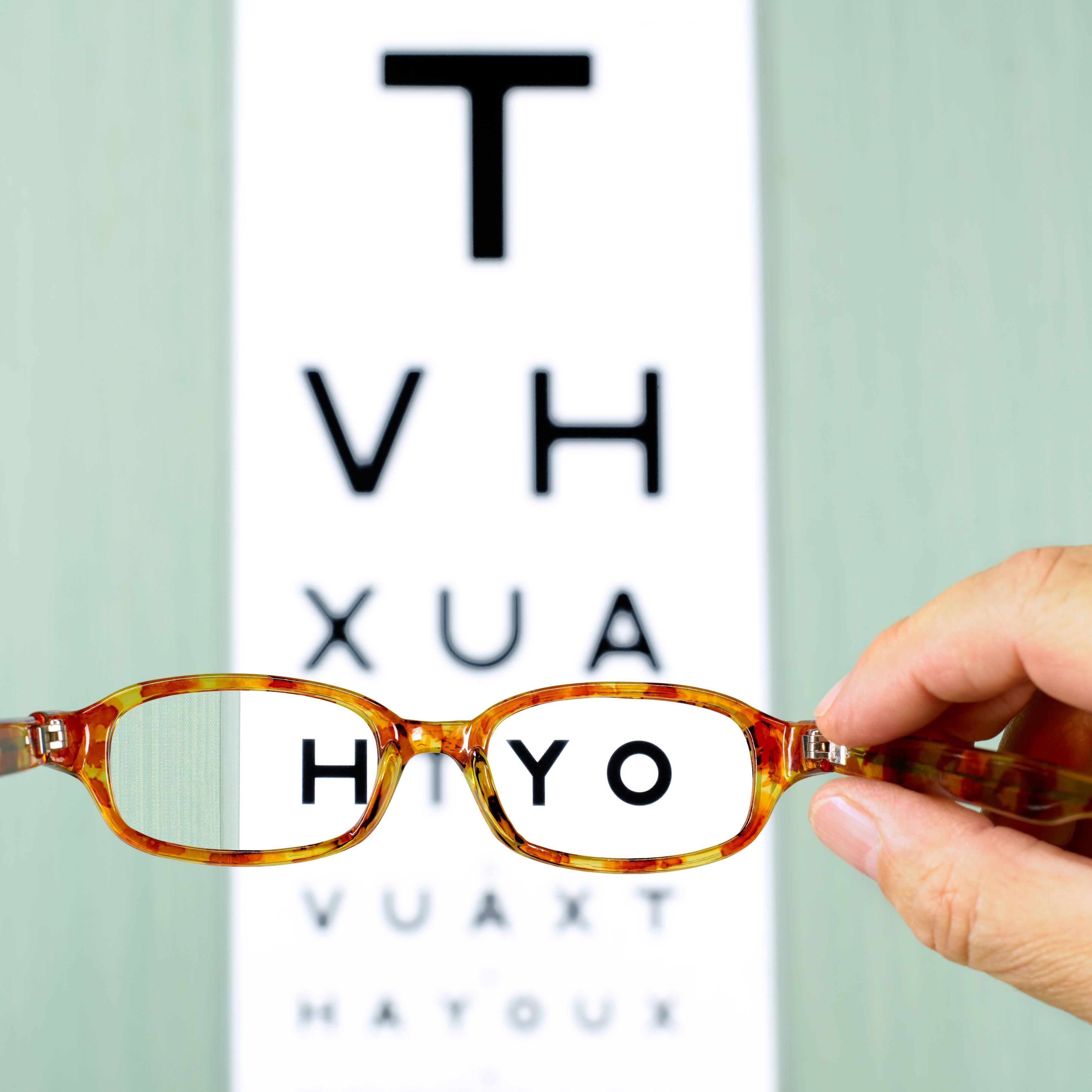 b33c37f5a11e 10 things your optician wishes you knew