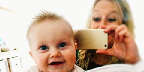 Finger, Cheek, Product, Skin, Eye, Eyebrow, Comfort, Hand, Child, Baby & toddler clothing,