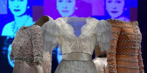 Dress, Formal wear, Gown, Embellishment, Fashion, One-piece garment, Haute couture, Day dress, Costume design, Fashion design,