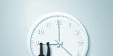 Wall clock, Circle, Clock, Quartz clock, Watch, Home accessories, Number, Balance,
