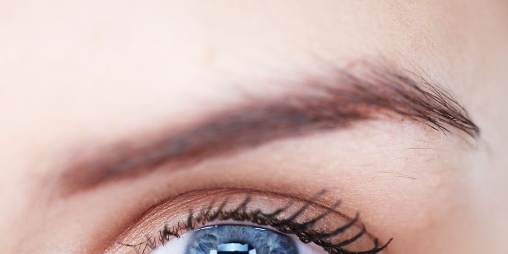 How To Fix Clumpy Lashes Quickly