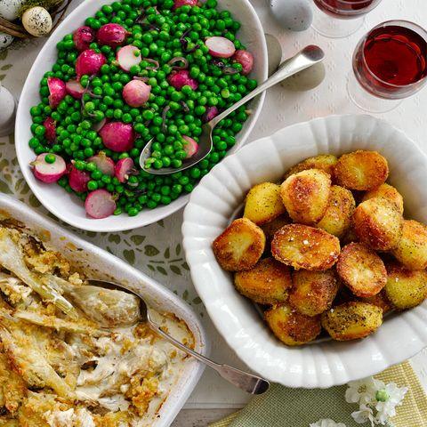 Crispy oregano potatoes