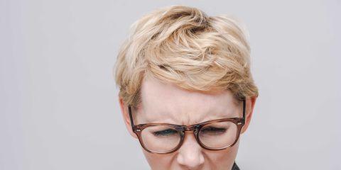 Eyewear, Vision care, Glasses, Finger, Hand, Collar, Thumb, Nail, Mobile phone, Gesture,