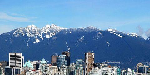 Metropolitan area, Mountainous landforms, City, Urban area, Mountain range, Tower block, Neighbourhood, Cityscape, Landscape, Metropolis,