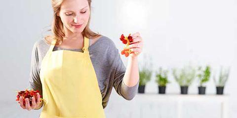 Eating, Junk food, Fruit salad, Food, Dish, À la carte food, Food craving, Salad, Cuisine, Natural foods,
