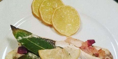 Food, Lemon, Dishware, Plate, Ingredient, Produce, Tableware, Citrus, Fruit, Serveware,