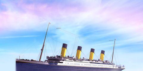 Liquid, Fluid, Water resources, Boat, Watercraft, Reflection, Naval architecture, Horizon, Passenger ship, Ocean,