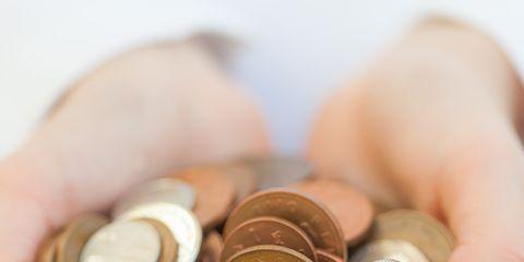 Finger, Skin, Money, Saving, Currency, Metal, Money handling, Nail, Thumb, Cash,