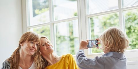 How To Share Digital Photos On Your Smartphone With Friends And Family