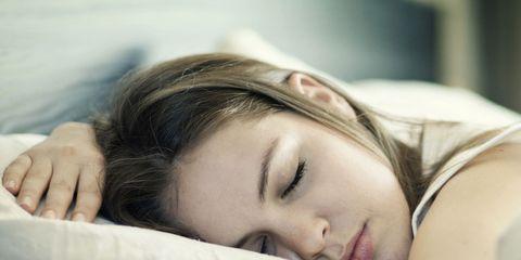 Nose, Lip, Comfort, Eye, Skin, Shoulder, Eyebrow, Eyelash, Sleep, Linens,