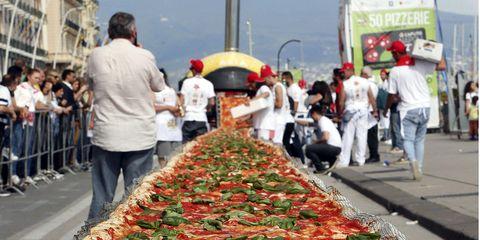 Food, Public space, Ingredient, Crowd, Pedestrian, Pizza, Umbrella, Tent, Coquelicot, Italian food,