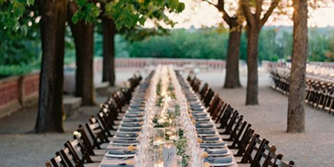 Tablecloth, Furniture, Table, Linens, Outdoor furniture, Chair, Home accessories, Restaurant, Outdoor table, Shade,