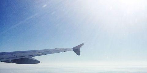 Sky, Atmosphere, Flight, Aircraft, Air travel, Atmospheric phenomenon, Airplane, Aviation, Wing, Horizon,