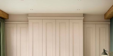 Wood, Room, Interior design, Property, Textile, Floor, Wall, Bedding, Linens, Bed sheet,
