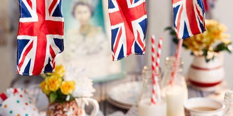 Food, Cuisine, Dishware, Serveware, Ingredient, Dish, Flag, Recipe, Flag of the united states, Porcelain,