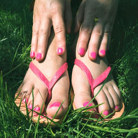 How to stop flip flops from rubbing